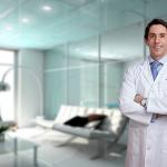 El Dr. Pablo Casas es cirujano de referencia en España en rinoplastia ultrasónica.